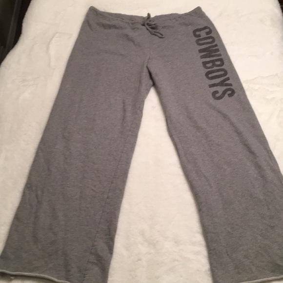 Pants - ♥️ Jones & Mitchell Cowboys sweats size XL